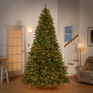 Easy Christmas Tree Decor With Lighting Ideas 17