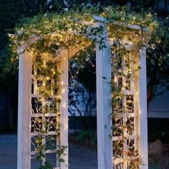 Elegant Christmas Lights Decor For Backyard Ideas 04
