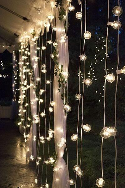 Elegant Christmas Lights Decor For Backyard Ideas 26
