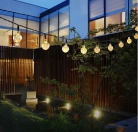 Elegant Christmas Lights Decor For Backyard Ideas 44