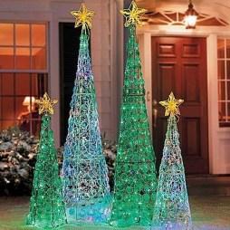 Extraordinary Outdoor Light Christmas Ideas 32