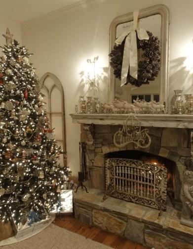 Fabulous Rock Stone Fireplaces Ideas For Christmas Décor 34
