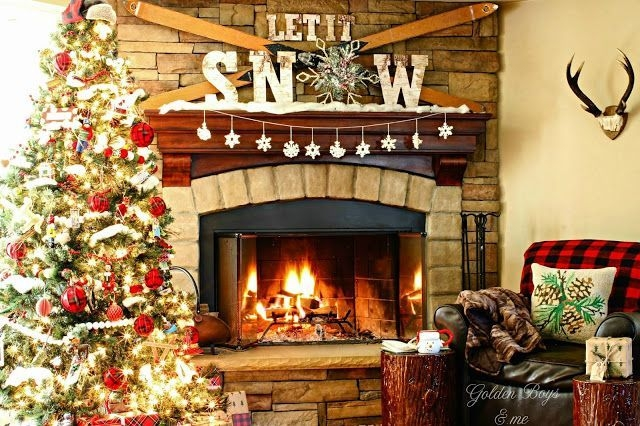Gorgoeus Rustic Stone Fireplace With Christmas Décor 09