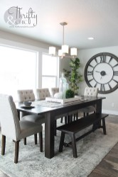 Luxurious Small Dining Room Decorating Ideas 40