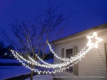 Marvelous Outdoor Lights Ideas For Christmas Decorations 20