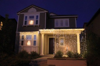 Marvelous Outdoor Lights Ideas For Christmas Decorations 25