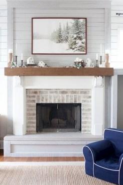 Minimalist Christmas Tree Ideas For Living Room Décor 20