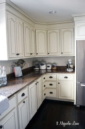 Newest French Country Kitchen Decoration Ideas 42