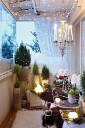 Popular Apartment Balcony For Christmas Décor Ideas 18