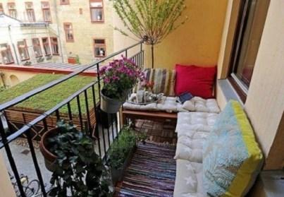 Popular Apartment Balcony For Christmas Décor Ideas 30