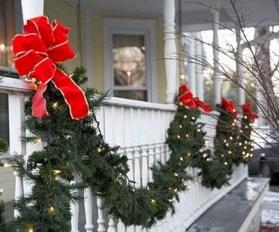 Popular Apartment Balcony For Christmas Décor Ideas 38