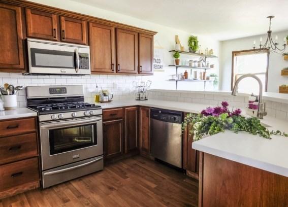 Pretty Farmhouse Kitchen Makeover Ideas On A Budget 28