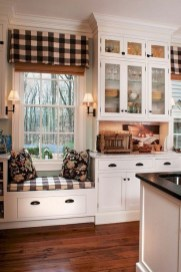 Pretty Farmhouse Kitchen Makeover Ideas On A Budget 42