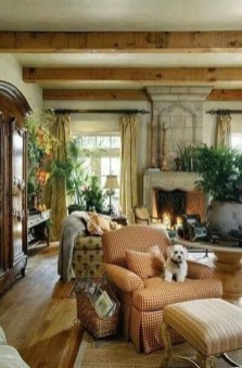Stylish French Country Living Room Design Ideas 07