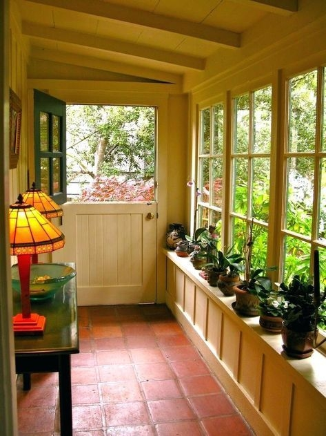 Amazing Front Porch Design Ideas For Valentines Day22