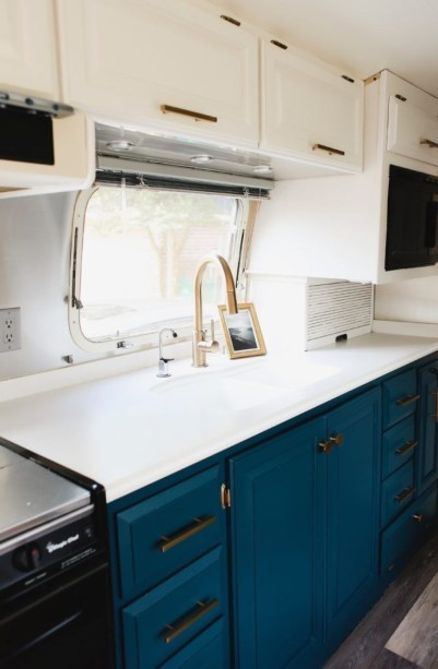 Attractive Rv Hacks Remodel Ideas For Your Inspirations18