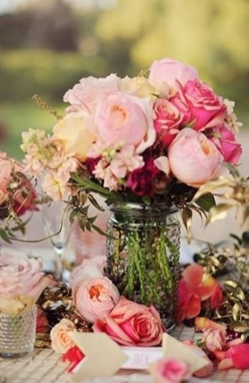 Awesome Flower Decoration Ideas For Valentines Day 32