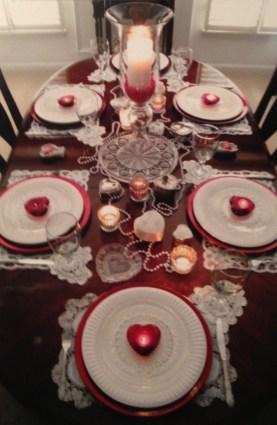 Cheap Valentine Table Decoration Ideas30