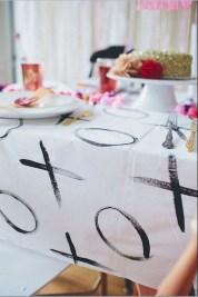 Cheap Valentine Table Decoration Ideas46