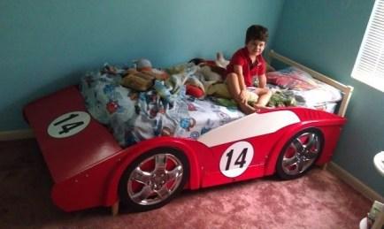 Gorgeous Diy Kids Car Bed Ideas10