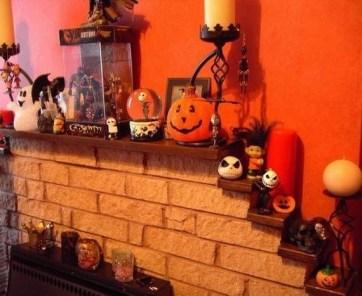 Incredible Halloween Fireplace Mantel Design Ideas20