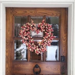 Inspiring Exterior Decoration Ideas For Valentines Day21