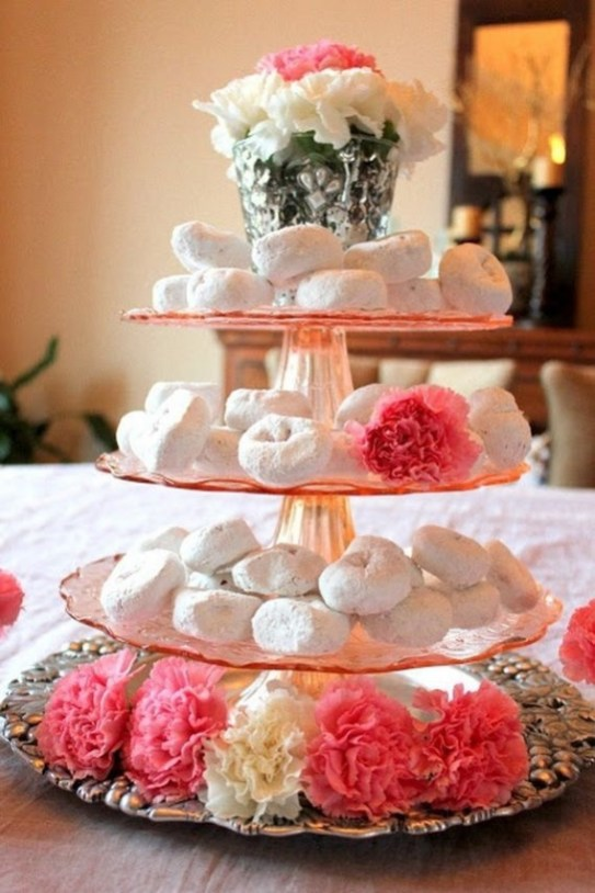 Magnificient Valentines Day Table Decorating Ideas27
