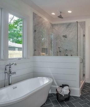 Minimalist Master Bathroom Remodel Ideas07