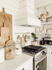 Pretty Farmhouse Kitchen Decoration Ideas10