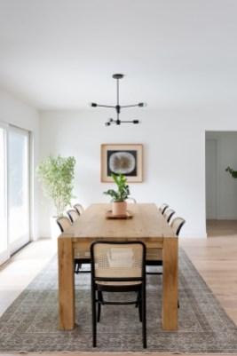 Adorable Farmhouse Dining Room Design Ideas20