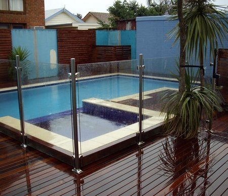 Amazing Glass Pool Design Ideas For Home09