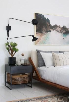Brilliant Small Master Bedroom Ideas25