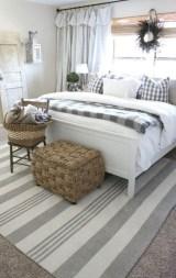 Brilliant Small Master Bedroom Ideas27