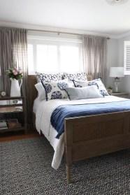 Brilliant Small Master Bedroom Ideas37