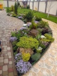 Minimalist Front Yard Landscaping Ideas On A Budget28