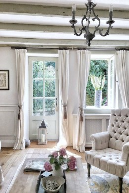 Pretty French Country Living Room Design Ideas29