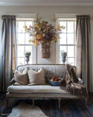 Pretty French Country Living Room Design Ideas30
