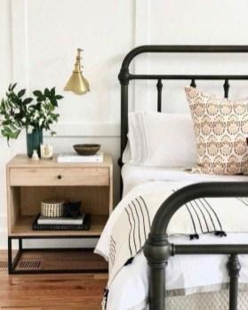 Simple Bedroom Designs Ideas33