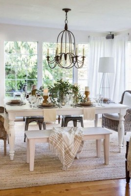Wonderful French Country Dining Room Table Decor Ideas17