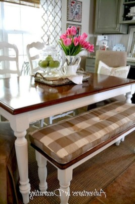 Wonderful French Country Dining Room Table Decor Ideas18