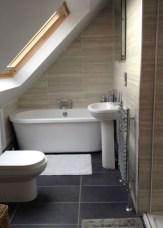 Fascinating Small Attic Bathroom Design Ideas42