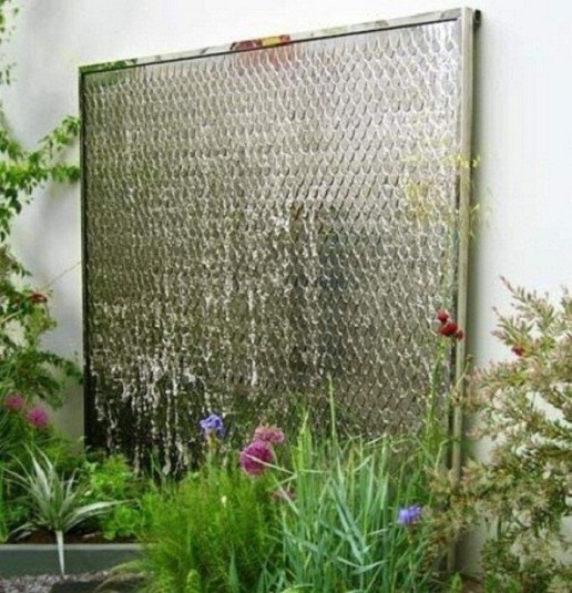 Stylish Outdoor Water Walls Ideas For Backyard22