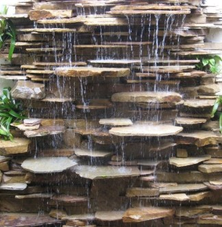 Stylish Outdoor Water Walls Ideas For Backyard40