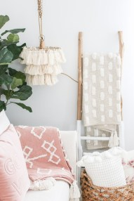 Attractive Living Room Decorations Design Ideas04
