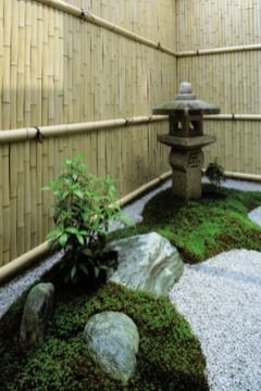Awesome Small Garden Fence Ideas07