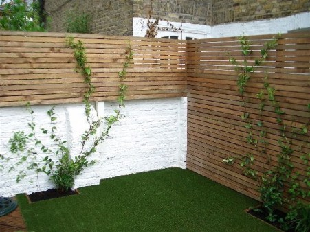 Awesome Small Garden Fence Ideas18