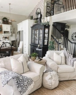 Beautiful Farmhouse Living Room Decor Ideas21