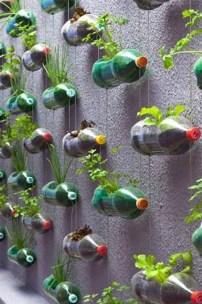 Brilliant Vertical Gardening Ideas05