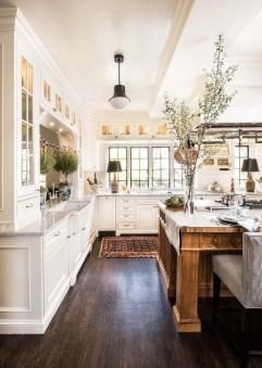 Cool Farmhouse Kitchen Color Design Ideas07