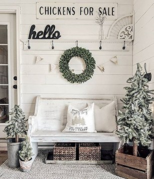 Elegant Antique Farmhouse Decoration Ideas For Home23